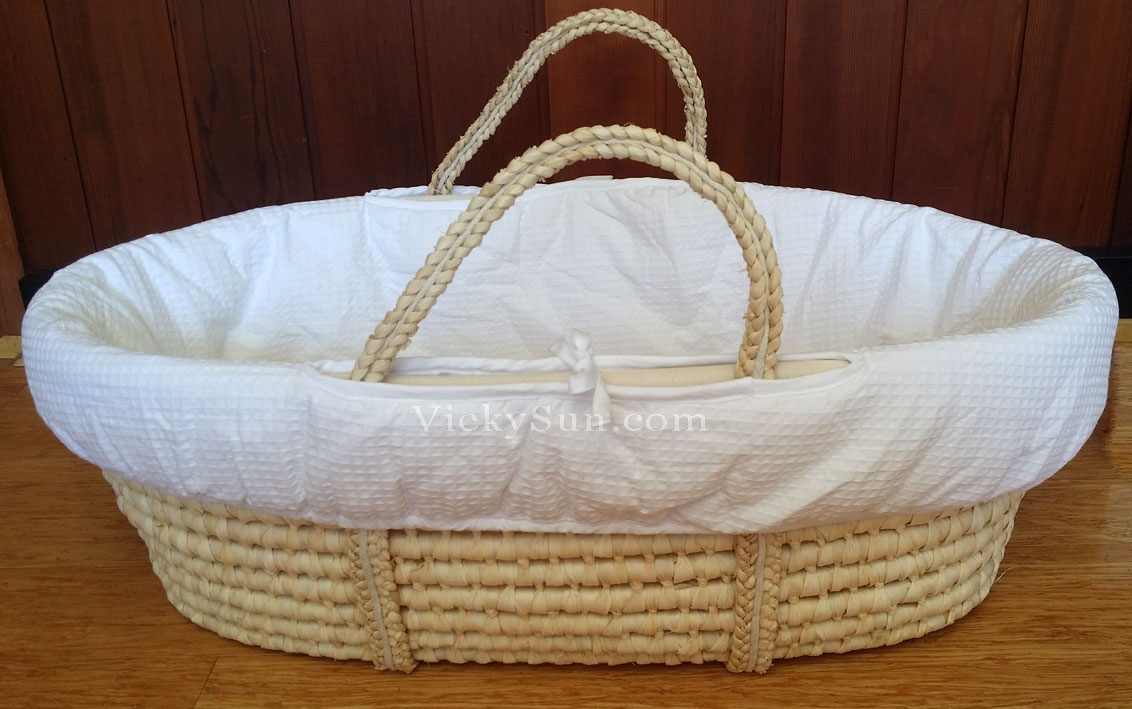 Baby Moses Basket Bassinet White Wooden Head to Toe ...