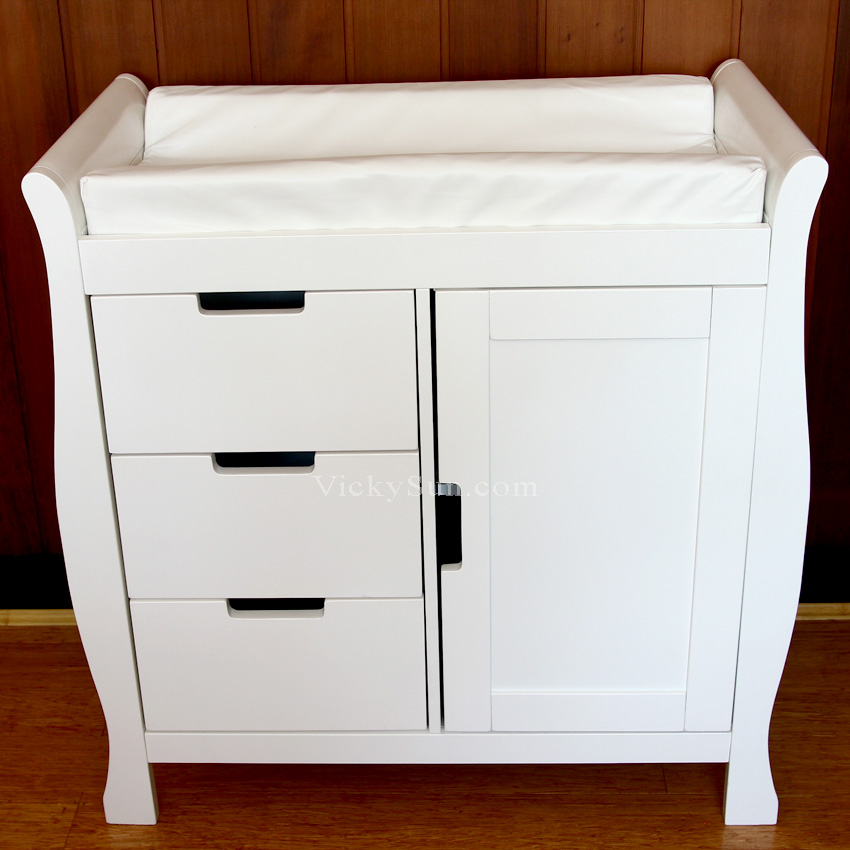 Moob Lincoln High Quality Solid White Wooden Changing Table With